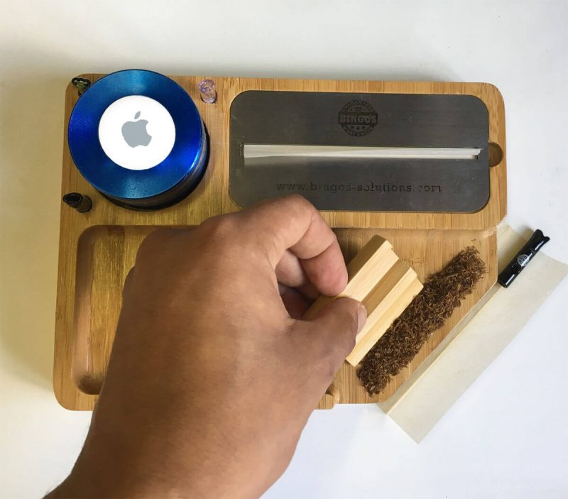 Bingo's Easy Smart Rolling Tray - How to Roll a Joint